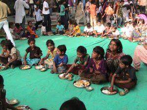Manav Sadhna Happy Children eating