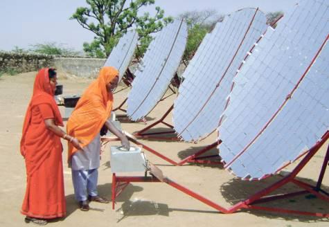 barefoot college india solar engineers