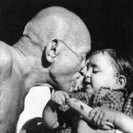 Nine Great Quotes from Mahatma Gandhi –
